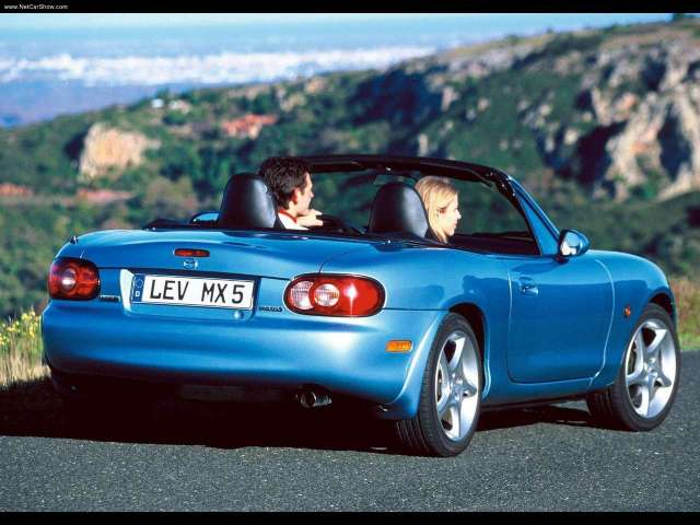 Mazda-MX5_2000_1280x960_wallpaper_16
