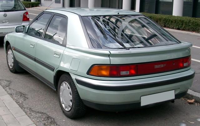 Mazda_323f_green_rear_20080301