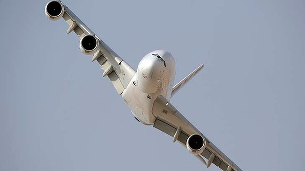 art-Airbus-A380-Generic-20-3--620x349