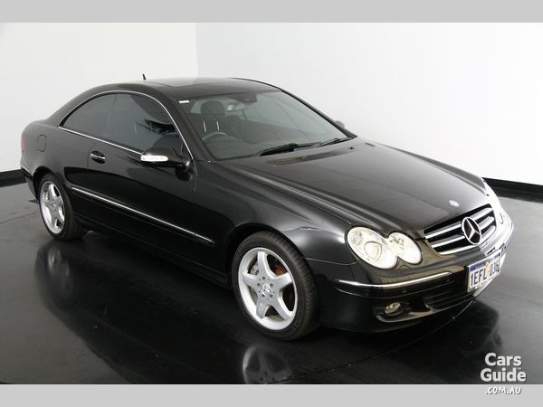 2006_mercedes-benz_clk500_used_3888150_15_l