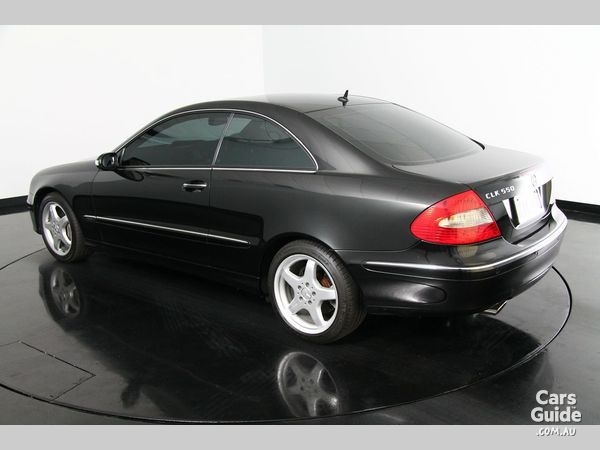 2006_mercedes-benz_clk500_used_3888150_5_l