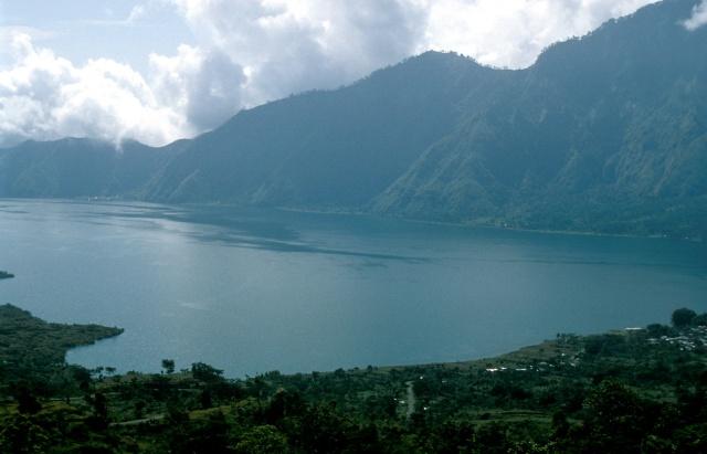 Lake Batur B84