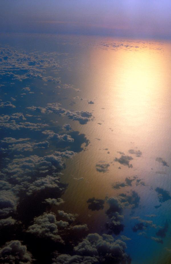 sea-sun-g247b