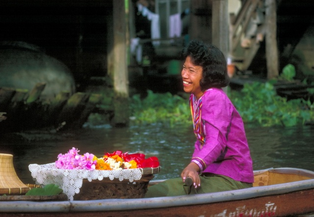 boat-lady-75