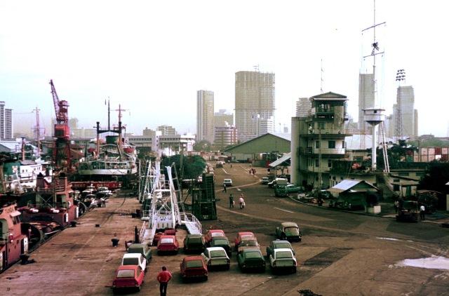 Sing wharf dawn 8.4.74