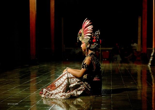 Ramayana dancer 344H