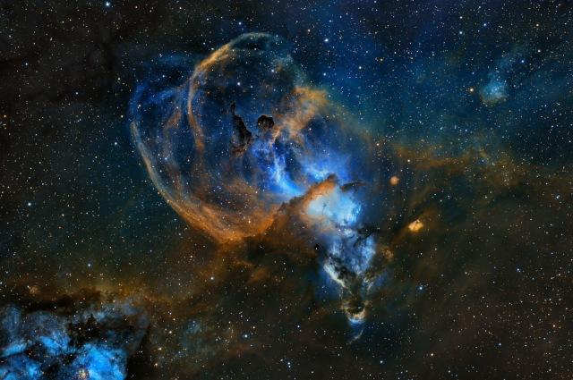 SN-20348-1_Statue-of-Liberty-Nebula-©-Martin-Pugh-1536x1020